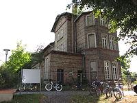 Schönberg Bahnhof Empfangsgebäude 2013-07-31 5.JPG