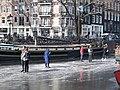 Schaatsen op de Prinsengracht in Amsterdam foto 1.jpg