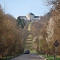 Schloss Solitude von Bergheimer Steige.jpg