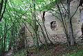 Schwarzenbach Außenmauer li Eingang.JPG