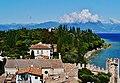 Sirmione Castello Scaligero Blick vom Mastio auf Sirmione 04.jpg