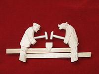 Подвижная богородская игрушка «Кузнецы»