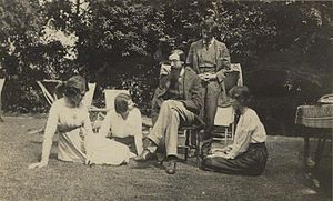 Aldous Huxley - Left to right: Bloomsbury Group members Lady Ottoline Morrell, Maria Nys, Lytton Strachey, Duncan Grant, and Vanessa Bell