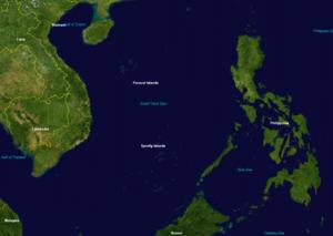 الصين ونزاعات المحيط الهادئ.. الأسباب والمآلات  300px-Spratly_%26_Paracel_Islands