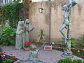 Statue devant un palais à Anagni-Lazio-Italie, ville moyenâgeuse du XIII° siècle..JPG