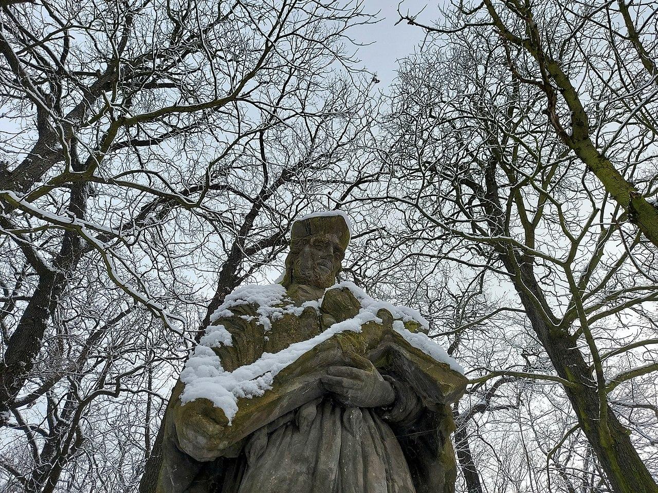 Statue of Jan Nepomuk in park Kosire, Prague - 20210126.jpg