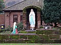 Statues by Catholic Church, Vale Road - geograph.org.uk - 1638695.jpg