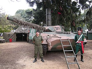 Tanque Argentino Mediano - TAM with its snorkel installed during an Argentine Army exposition