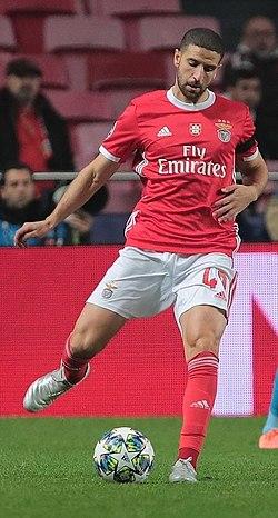 Taarabt Benfica-Zenit UCL201920 8.jpg