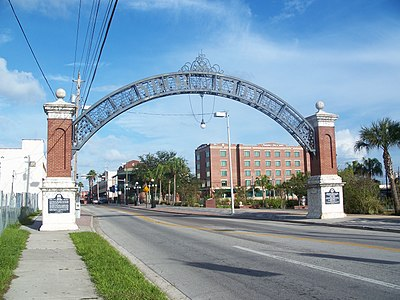 Gateway to Ybor City on 7th. Ave near the Nick Nuccio Parkway. Tampa Ybor City entr 01.jpg
