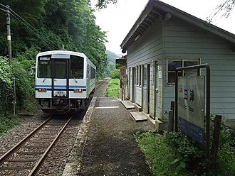 Sankō Line - A KiHa 120 DMU on the Sanko Line in June 2008