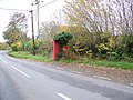 Telephone box, Broom Hill - geograph.org.uk - 1589577.jpg