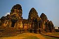 Temple aux singes, Lopburi.JPG