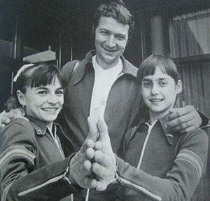 Béla Károlyi - Left-right: Ungureanu, Károlyi, Comăneci