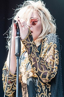 Taylor Momsen Wikipedia