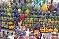Tianguis artesanal del Domingo de Ramos en Uruapan.jpg
