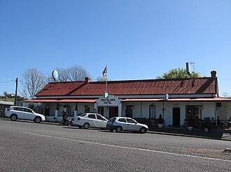 Tintaldra - The Tintaldra Hotel, with the Murray River flag flying