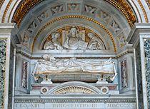 Tomb Innocentius III San Giovanni in Laterano 2006-09-07.jpg