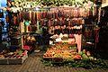 Tradiční gruzínské stánky s ovocem - panoramio.jpg