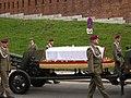 Trumna z cialem Marii Kaczynskiej Wawel.jpg