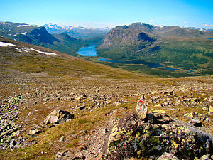 English: Sikkilsdalen Valley seen from the mou...