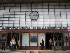 Turku railway station entrance.jpg