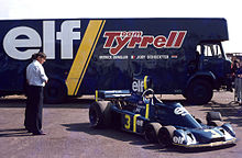 Tyrrell p34 wikipedia ken tyrrell inspecting the p34 note the airbox on the top which were banned for the 1976 season onwards thecheapjerseys Choice Image
