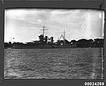 USS ASTORIA at anchor in Farm Cove, Sydney (8558887548).jpg