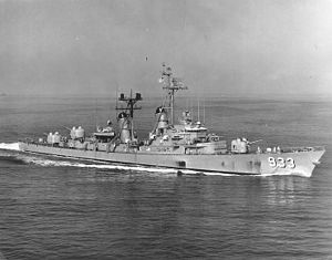 USS Barry (DD-933) - Barry, after being fitted with a bow-mounted sonar