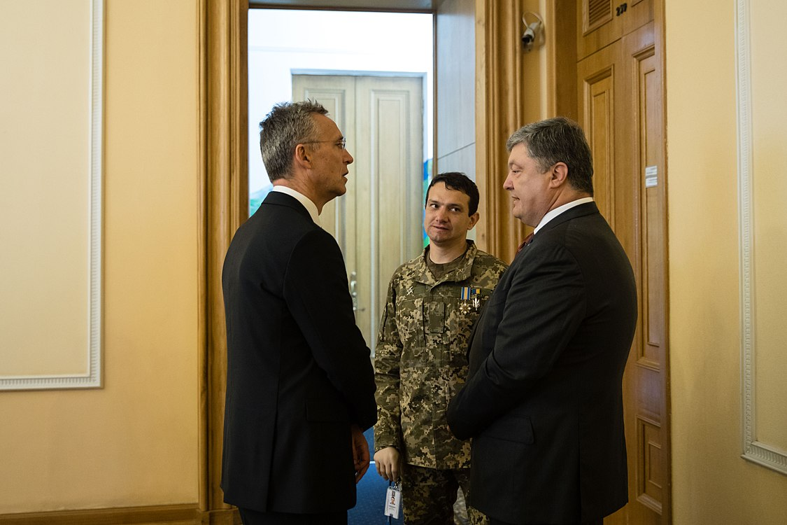 Ukraine – NATO Commission chaired by Petro Poroshenko (2017-07-10) 18.jpg