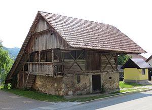 Vače - Image: Vace Slovenia old building