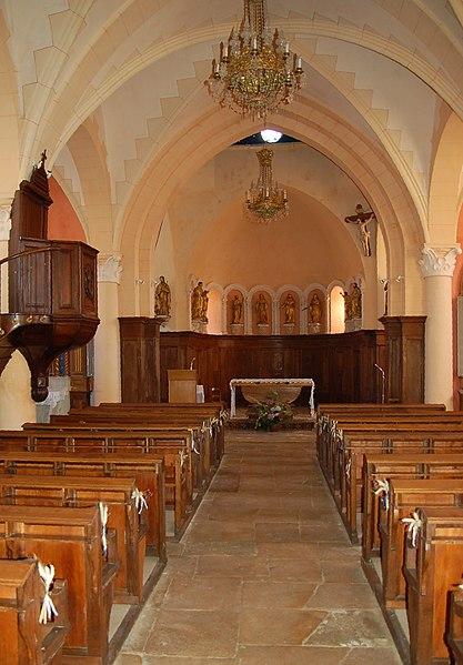 Vauxrenard: Kirche Innenansicht