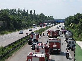 Verkehrsunfall Moers A40 1