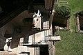 Verona, castelvecchio, museo, installazione esterna della statua di cangrande della scala, 05.jpg