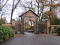 Vestre Kirkegård - entrance 1.JPG