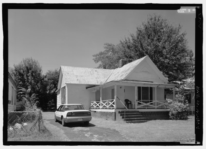 File View Of Front Gable House With Side Ell At 414 South