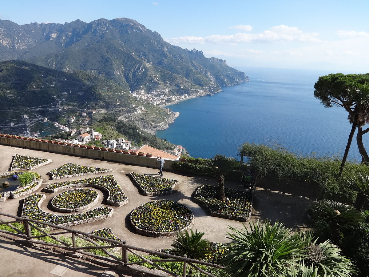 File Villa Rufolo Terrace Garden 1 Jpg Wikimedia Commons