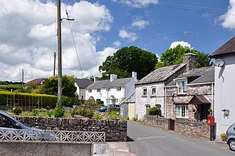 Felin-fach - Houses in Felinfach