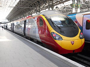 Virgin Pendolino at Piccadilly.jpg