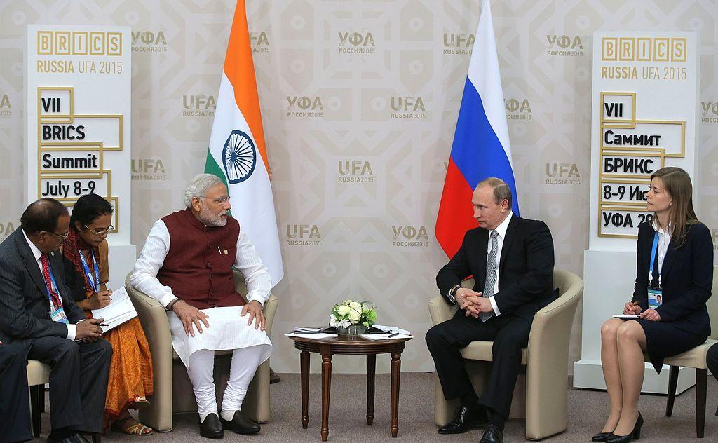 Vladimir Putin and Narendra Modi, BRICS summit 2015 01