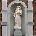Voorgevel villa, detail beeld van Heilige Antonius - Asten - 20344491 - RCE.jpg