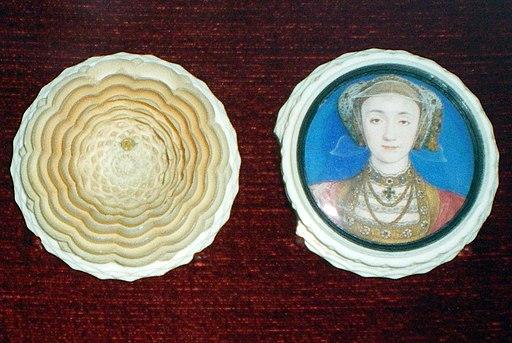 WLA vanda Miniature of Anne of Cleves