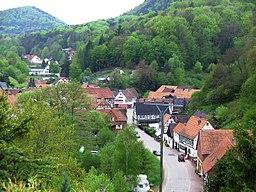 Blick auf die August-Becker Straße in Oberschlettenbach