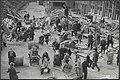 Watersnood 1953 In Herkingen op Goeree-Overflakkee heeft de jeugd veel te spel, Bestanddeelnr 059-1247.jpg