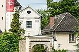 Wernberg Klosterweg 2 ehem. Schloss NO-Einfahrtstor und Vorwerk 14062018 5853.jpg