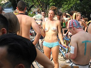 World Naked Bike Ride Philadelphia 2011 09.jpg
