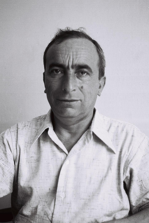 Yitzhak Laufbahn. 1936. D835-083