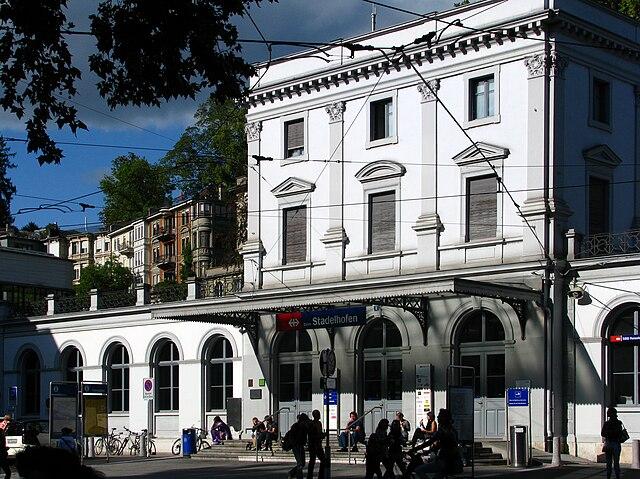 Gare de Zurich Stadelhofen
