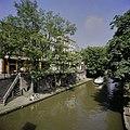Zicht op de Oudegracht met de werfkelders - Utrecht - 20396515 - RCE.jpg