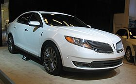 2016 Lincoln MKS Overview | Cars.com